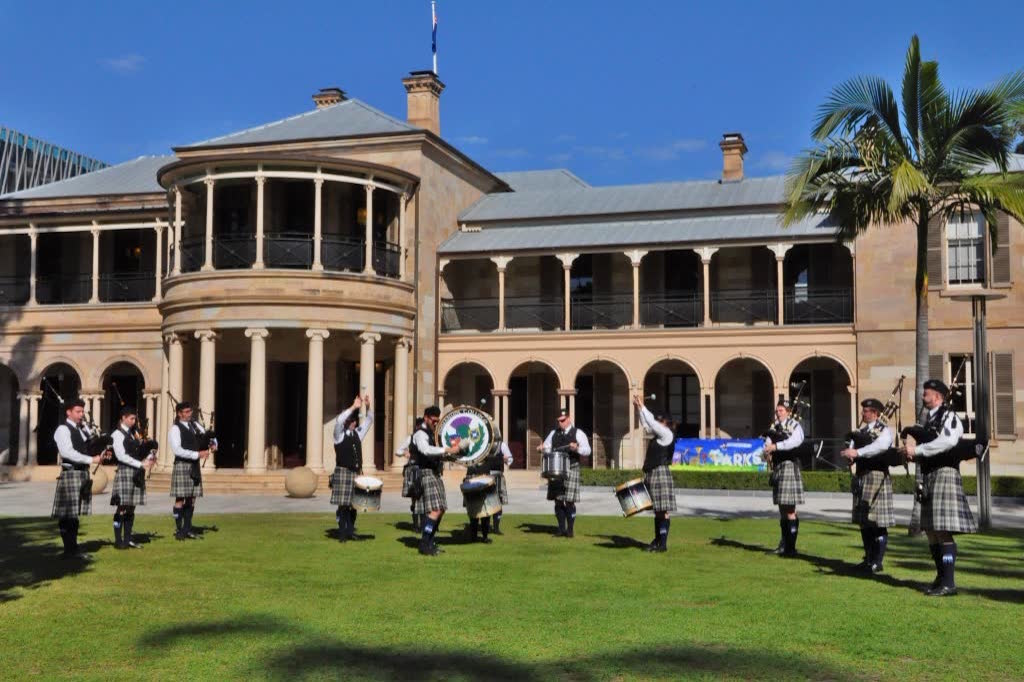 UQ Pipe Band